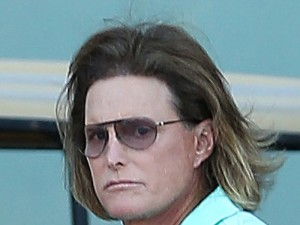 bruce-jenner-addicted-surgery-ftr